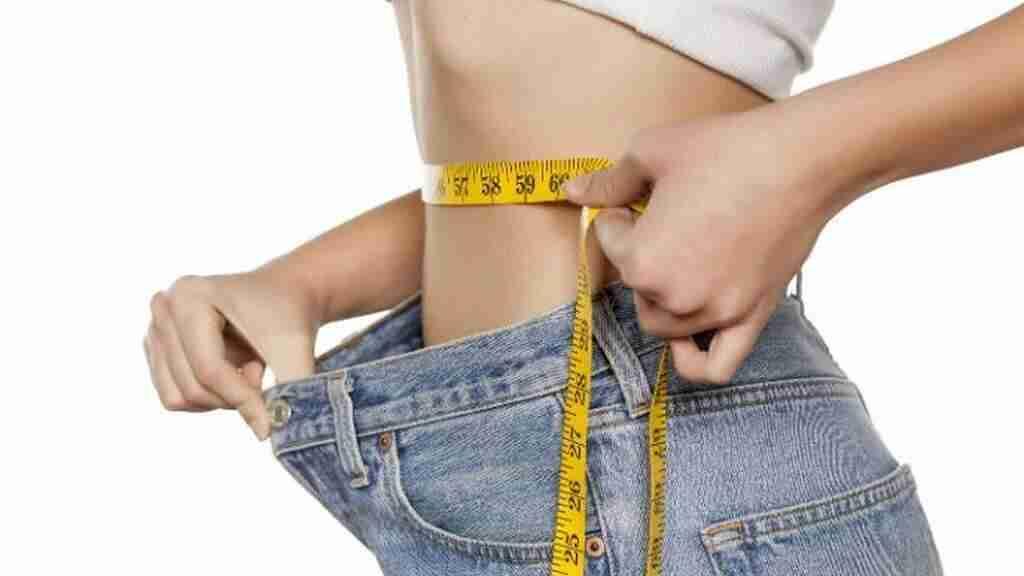 alimentación de una mujer en pérdida de peso
